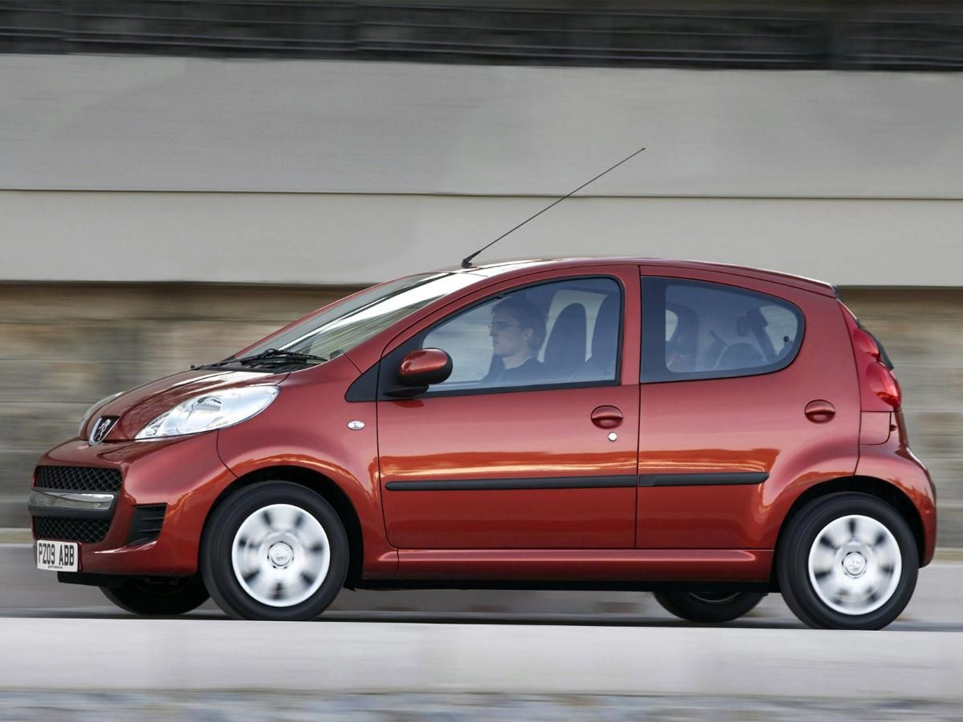 Peugeot 107  image