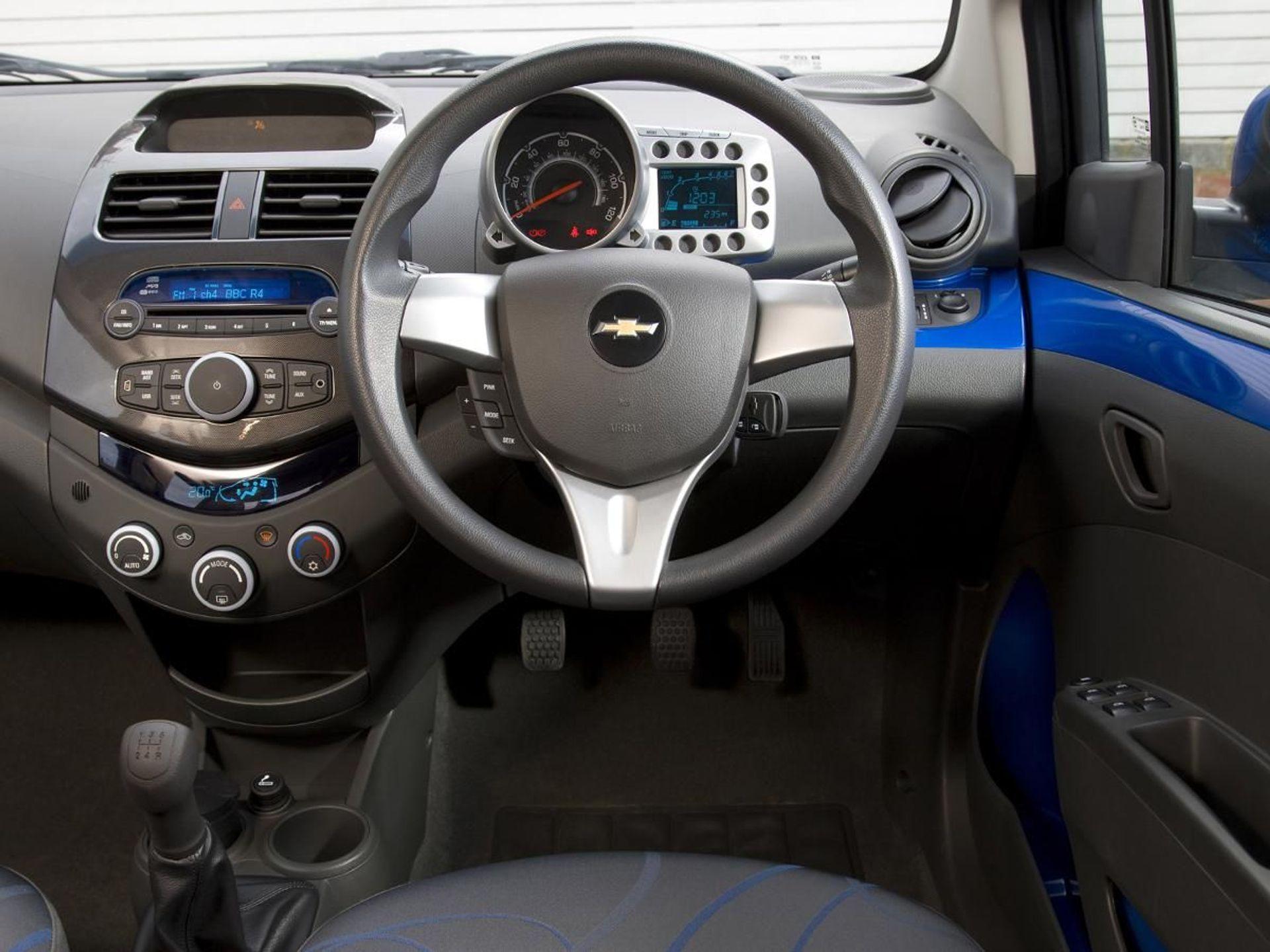 Chevrolet Spark LTZ image