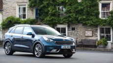 2016 Kia Niro First Edition