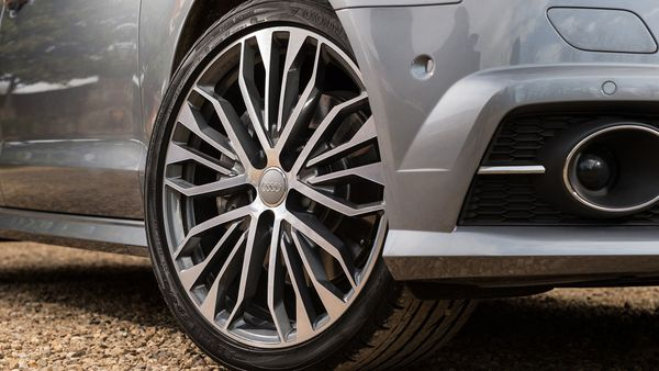 Audi A6 equipment