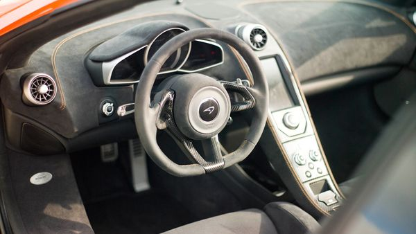 McLaren 650S interior