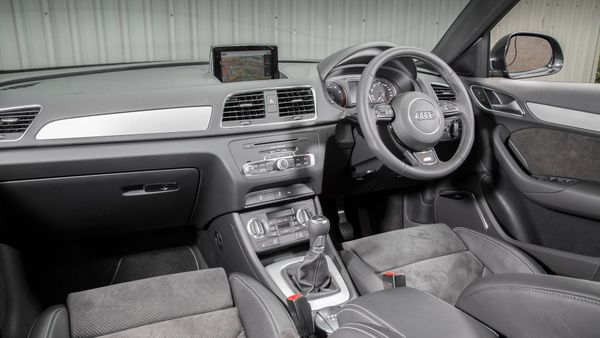 Audi Q3 cabin