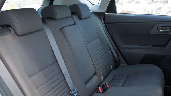 2015 Toyota Auris hatchback