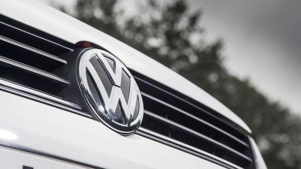 2014 Volkswagen Polo badge