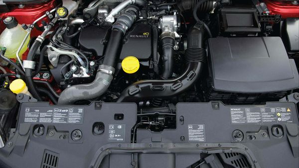 2012 Renault Clio engine