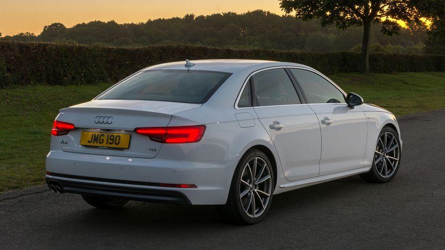 2015 Audi A4 exterior