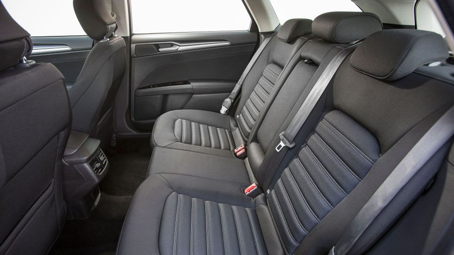 Ford Mondeo Estate rear cabin