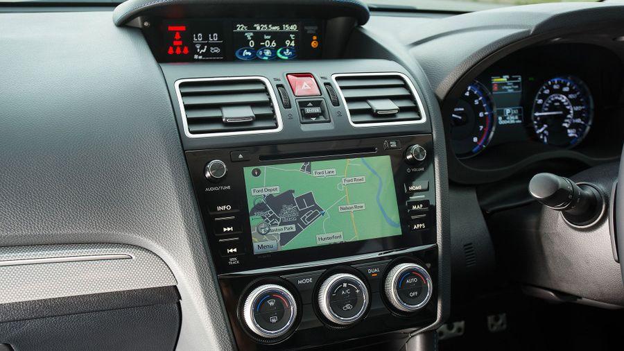 2015 Subaru Levorg equipment