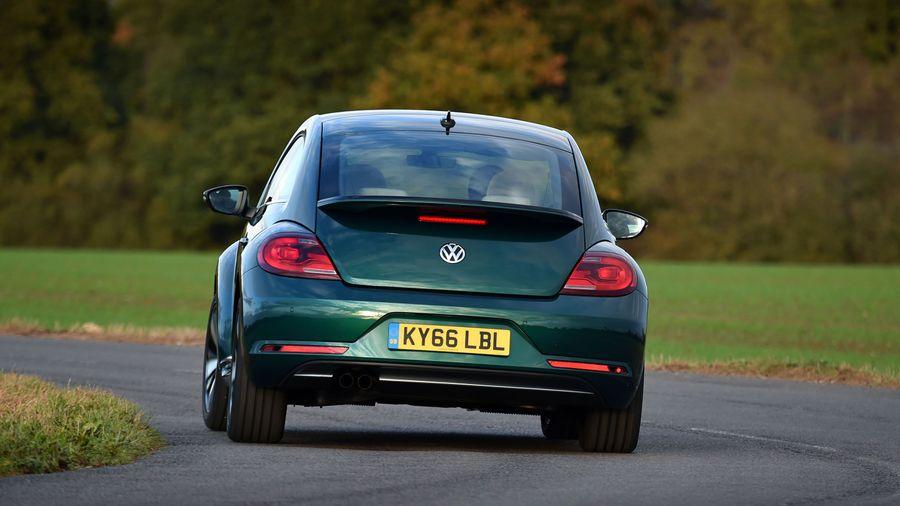 2017 Volkswagen Beetle ride and handling