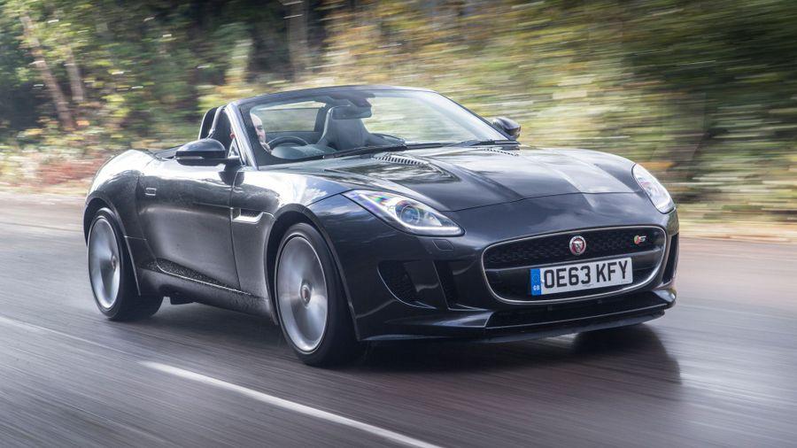 Jaguar F-Type convertible tracking