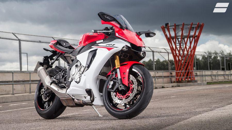 Yamaha YZF-R1 (2015 - ) expert review