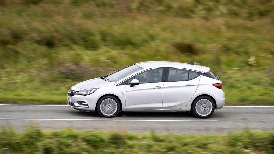 2015 Vauxhall Astra performance