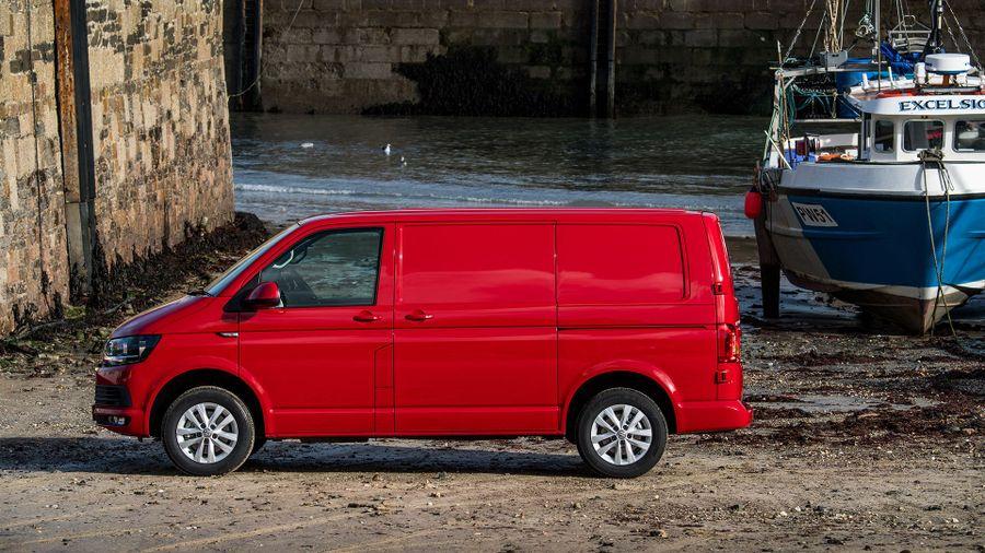 Volkswagen Transporter panel van (2015 - ) review   Auto