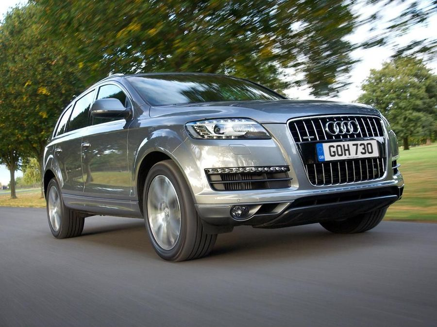Audi Q SUV Review Auto Trader UK - Audi q7 reviews