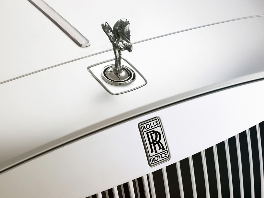 Rolls-Royce Ghost saloon