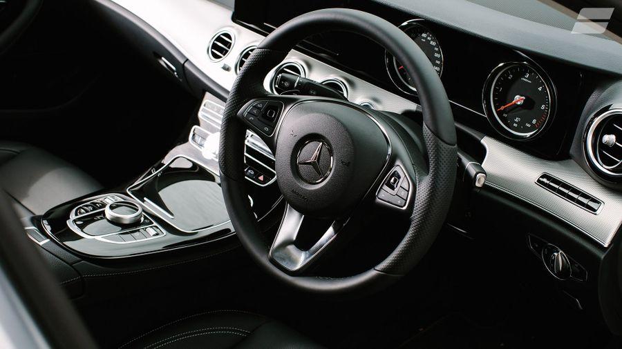 Mercedes E-Class Saloon