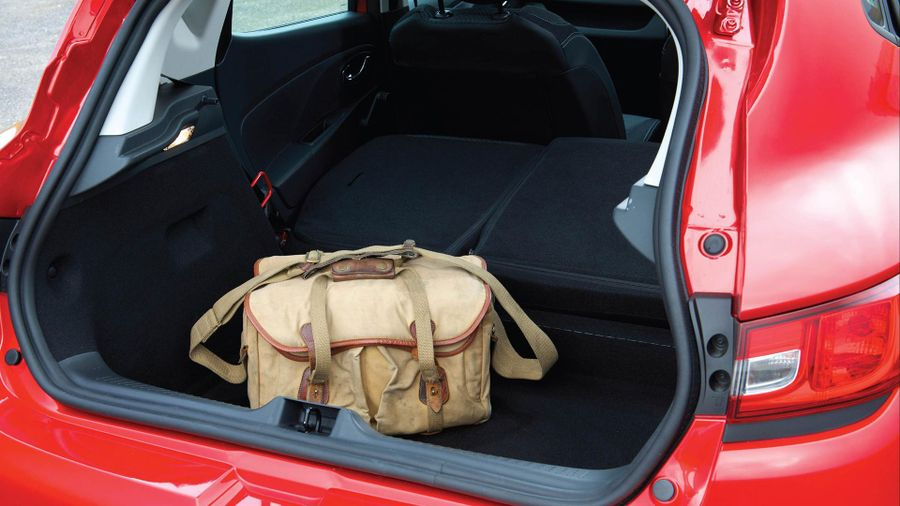 2012 Renault Clio boot space