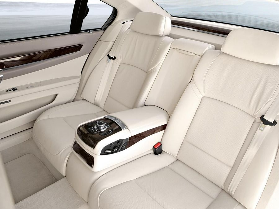 bmw 740i 2012 fuel consumption