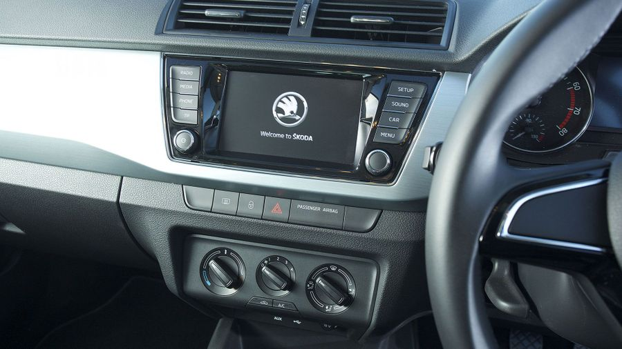 Skoda Fabia Hatchback equipment