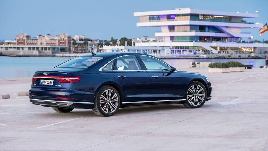 2018 Audi A8 exterior