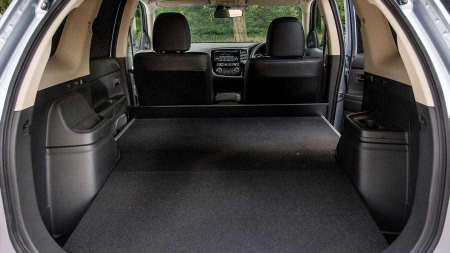 Mitsubishi Outlander practicality
