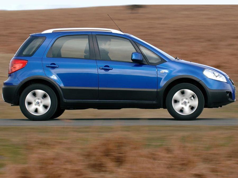 Fiat Sedici hatchback