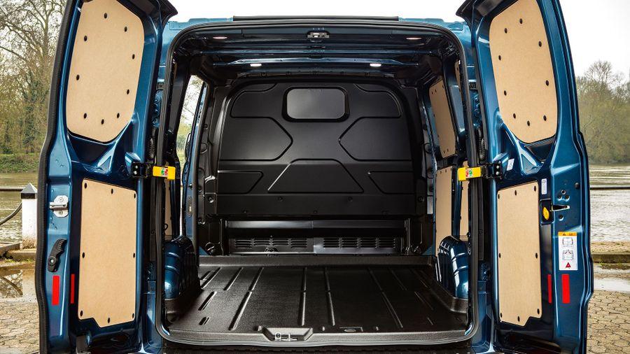 66a3414e46 Ford Transit Custom Panel Van (2018 - ) review