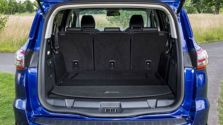 2015 Ford S-Max practicality