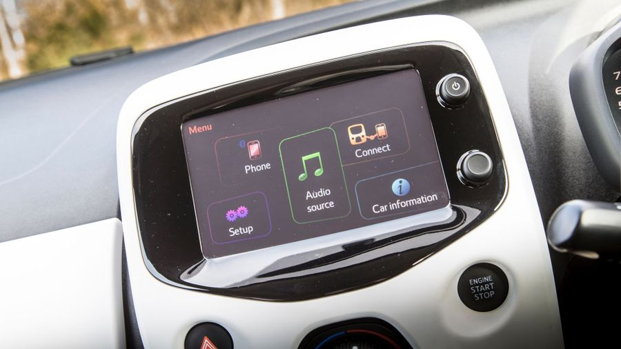 Peugeot 108 touch-screen