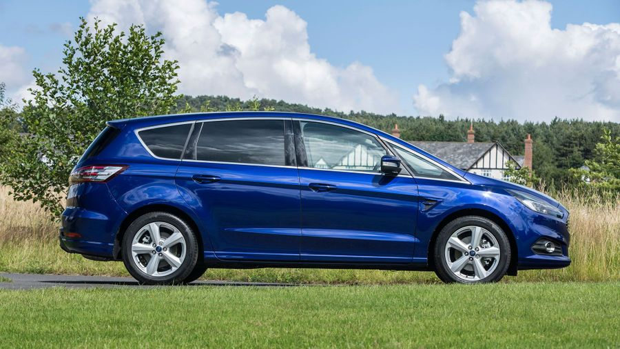 2015 Ford S-Max running costs