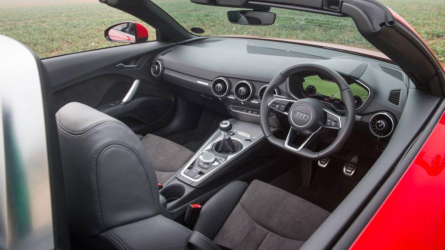 2015 Audi TT Roadster interior