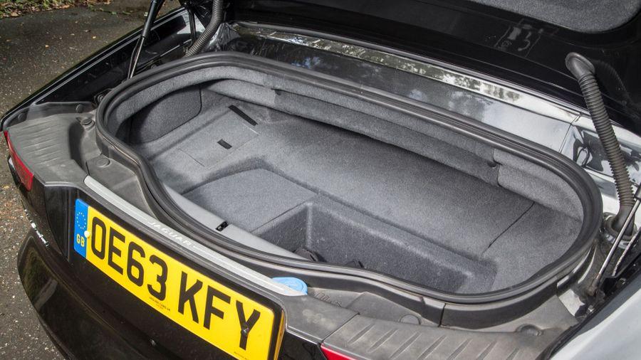 Jaguar F-Type boot