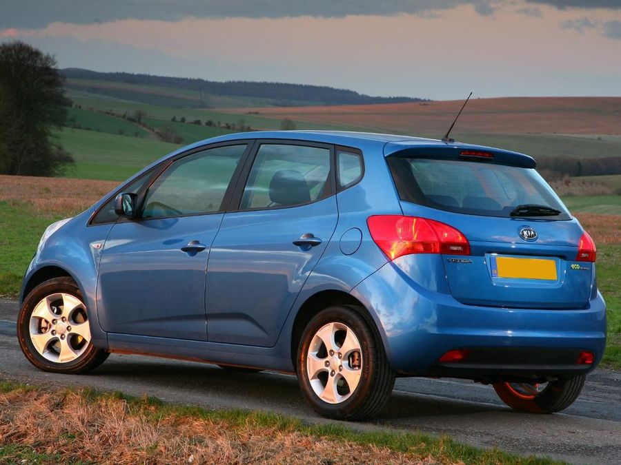 Kia Venga Hatchback 2010 Review Auto Trader Uk