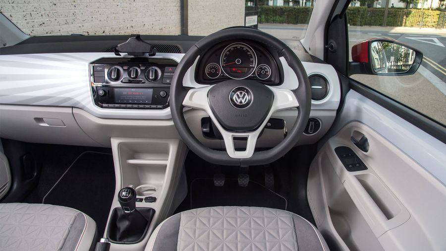 2016 Volkswagen Up interior