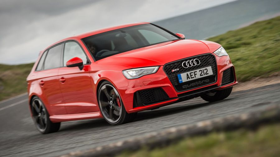 Audi RS 3 handling