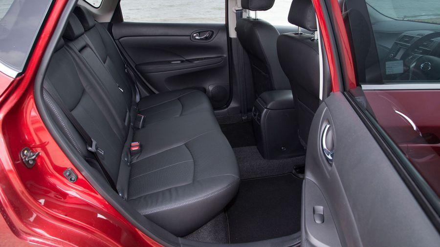Nissan Pulsar practicality