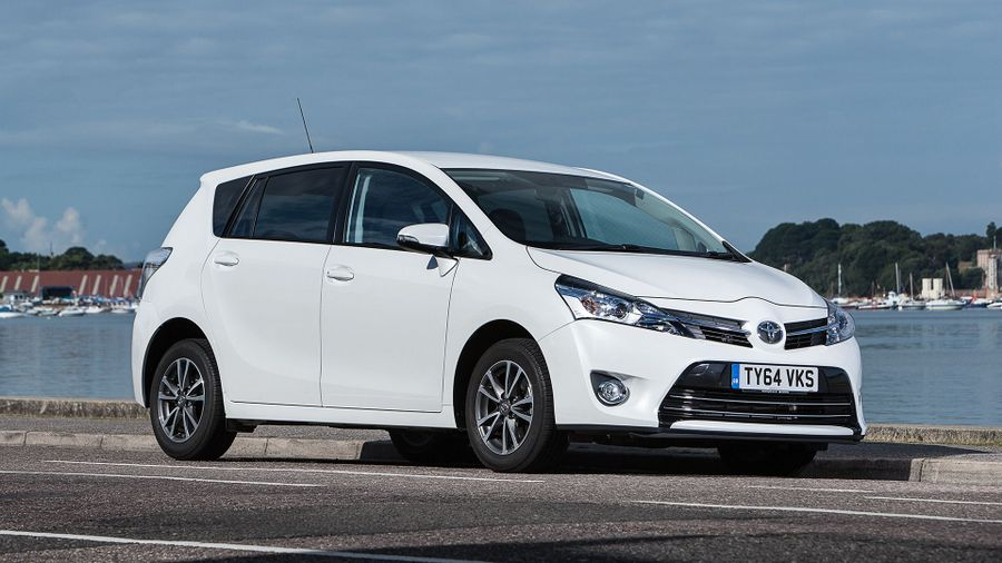 2013 Toyota Verso front 3-4 static